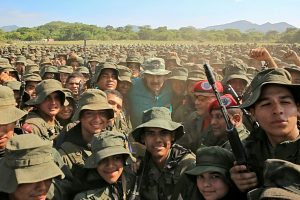 Maduro_and_his_soldiers-300x200