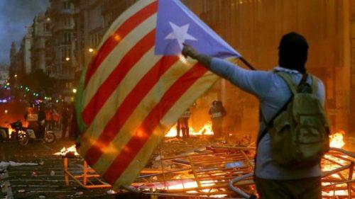 catalonia-flag-riot-500x281